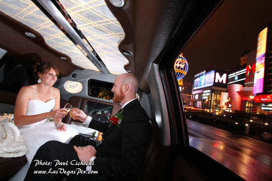 las vegas limo tour wedding photographer