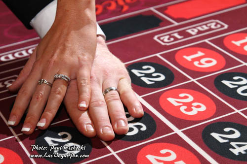las vegas wedding rings on roulette table gaming strip tour photographer affordable