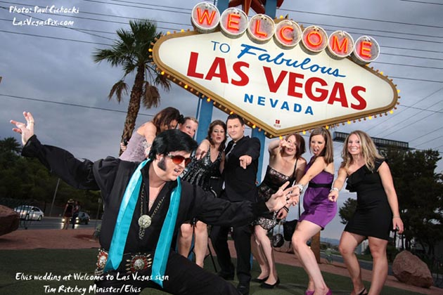 ELVIS weddings at the Las Vegas sign